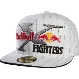 Bone-Fox-Red-Bull-Fighters-Branco