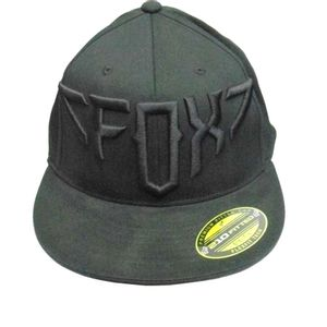 Bone-Fox-Over-And-Out-210-Fitted-Preto